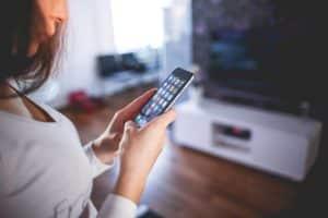 Handybildschirm auf Fernsehr übertragen